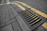 Street_Drain_w_Double_Yellas_by_BewildaBeast8